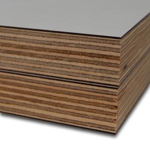 Berken Multiplex beplakt - Econ 1300 Industriewit Softmat 2-Zijdig geplakt op Berken Multiplex WBP 1300x3050x16,6mm.